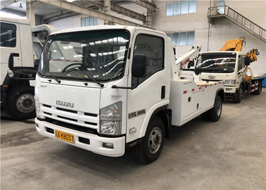 Standard Emission Road Wrecker Truck , Isuzu Truck Wreckers For Highway
